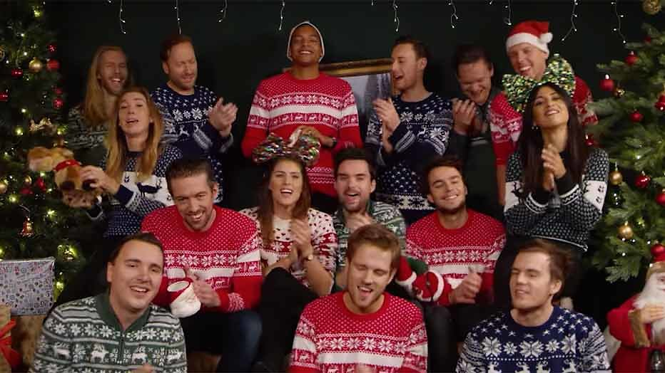 Videosnack: Q-dj's zingen 'All I want for Christmas'