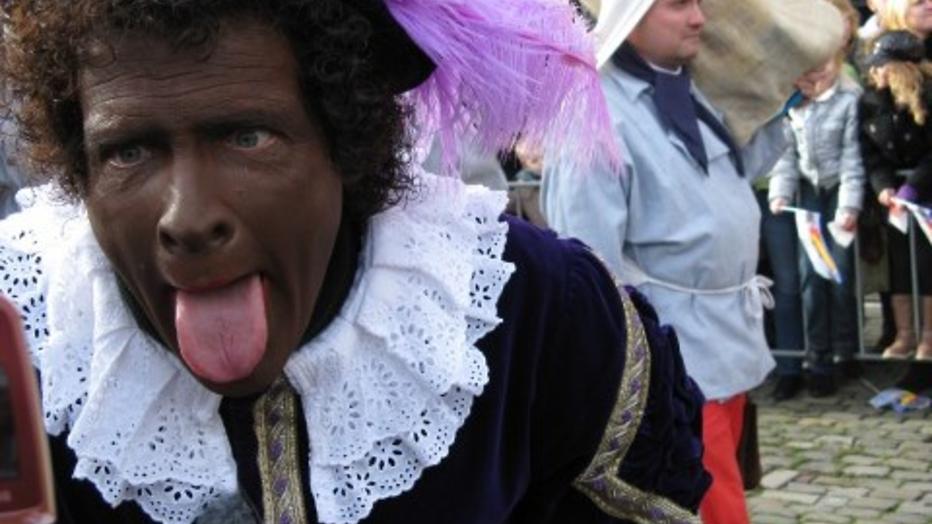 Menno Bentveld in de weer met voor- en tegenstanders van Zwarte Piet