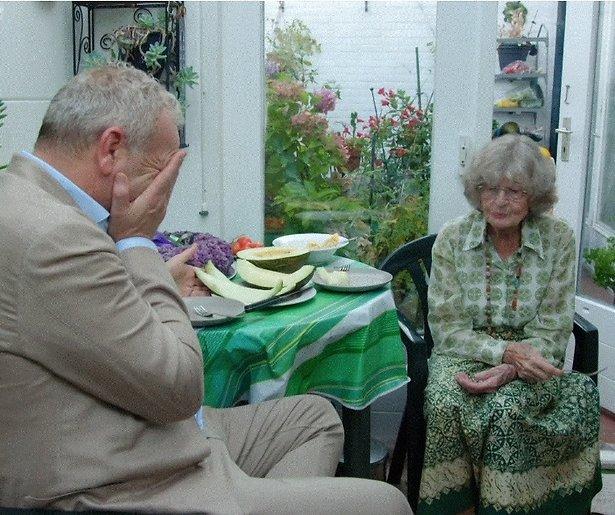 De TV van gisteren: 100 Jaar Jong geen concurrentie voor Kopen zonder kijken