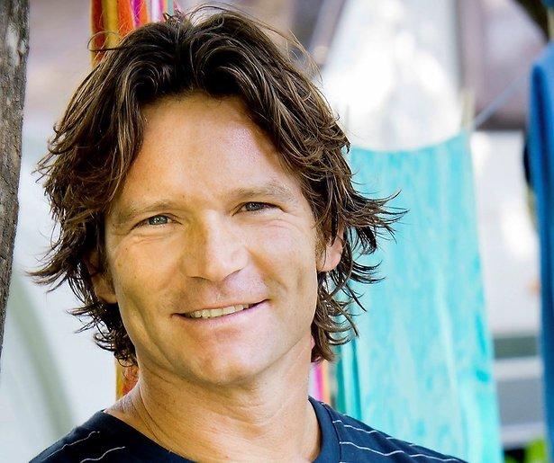 Sander Janson breekt bot bij opnamen Snowmagazine