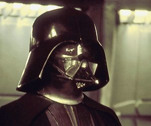James Earl Jones speelt weer Darth Vader