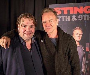 Evenblij maakt vrienden met Sting