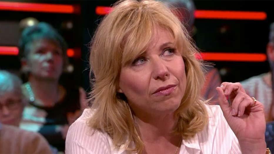 Claudia de Breij in tranen bij DWDD