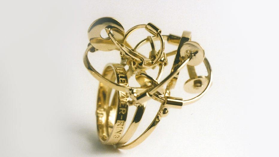 Ontwerp Gouden Televizier-Ring 2004: 'Ring na ring na ring'
