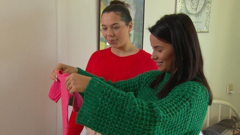 Moeder Monica helpt Roos