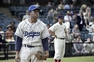 Chadwick Boseman slaat een homerun