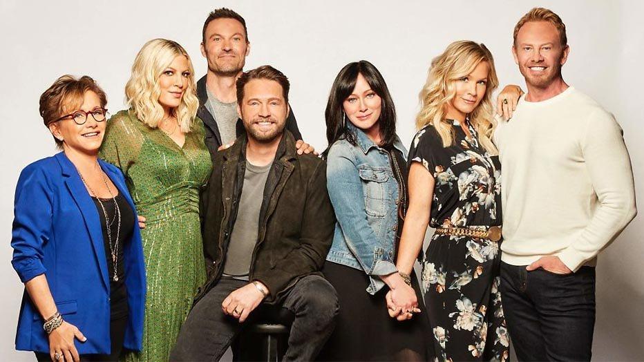 FOX haalt nieuwe 90210 dag na VS naar Nederland