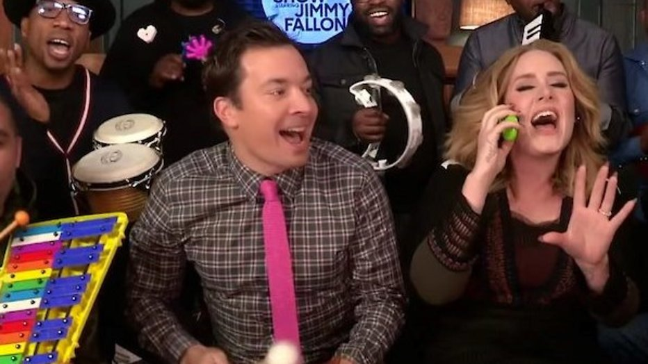 YouTube-hit: Adele zingt Hello met kleuterinstrumenten bij Jimmy Fallon