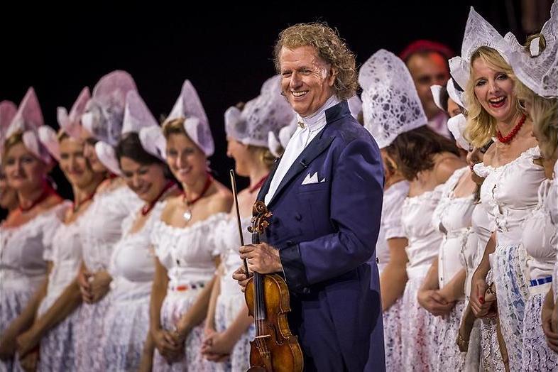 André Rieu op het Vrijthof: Van voetballen naar vioolspelen
