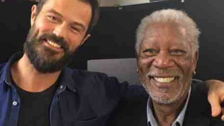 Arie Boomsma interviewt Morgan Freeman voor RTL Late Night