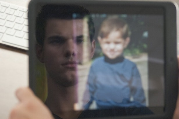 Taylor Lautner gaat op zoek naar de waarheid