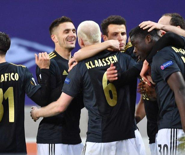 De TV van gisteren: Ajax wint ook de strijd om de kijkcijfers