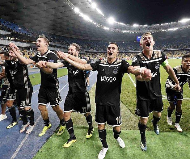 De TV van gisteren: 1,8 miljoen voor winnend Ajax
