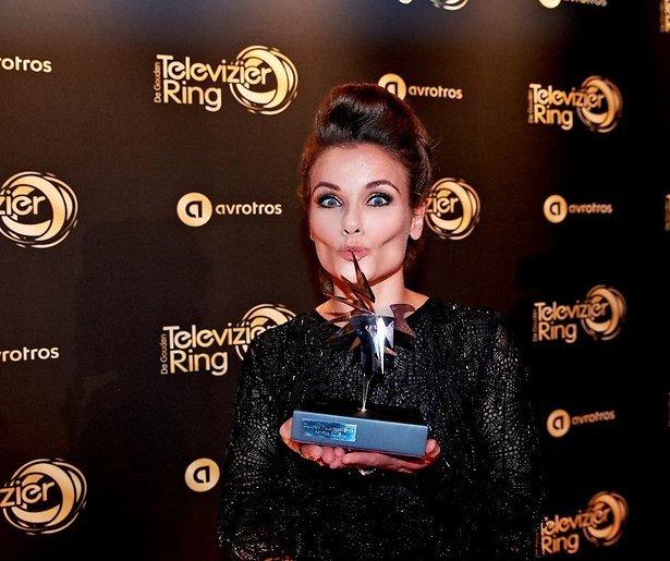 Angela Schijf wint Zilveren Televizier-Ster Actrice 2016