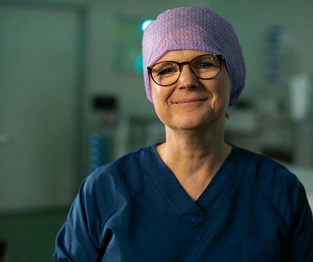 Chirurg en operazangeres Anke Smits in Topdokters