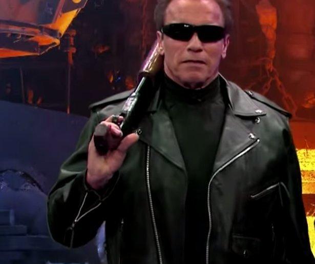 YouTube-hit: Arnold Schwarzenegger doet al z'n films in 6 minuten