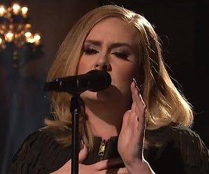 De TV van gisteren: Adele wint nipt van Linda de Mol