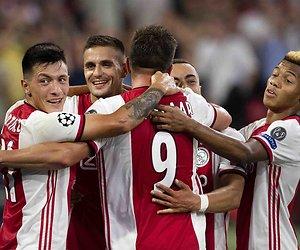 De TV van gisteren: 2 miljoen zien Ajax winnen