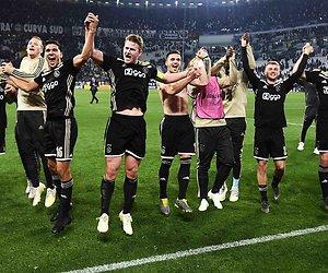De TV van gisteren: Fantastisch Ajax bezorgt Veronica nieuw record
