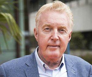 André van Duin krijgt nieuw programma over sterke verhalen