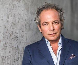 André van der Toorn raakt twee programma's kwijt