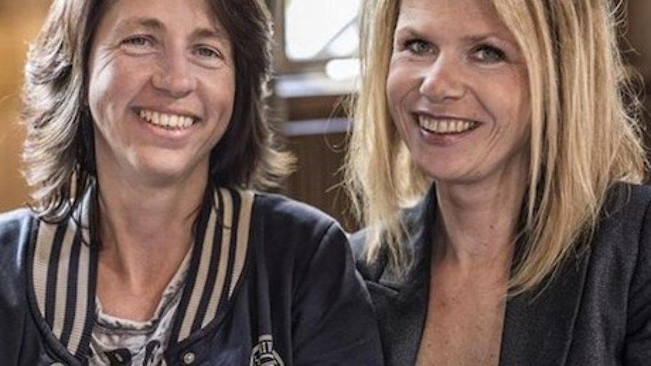 Boerin Bertie en ex-vriendin Esther samen op Gay Pride