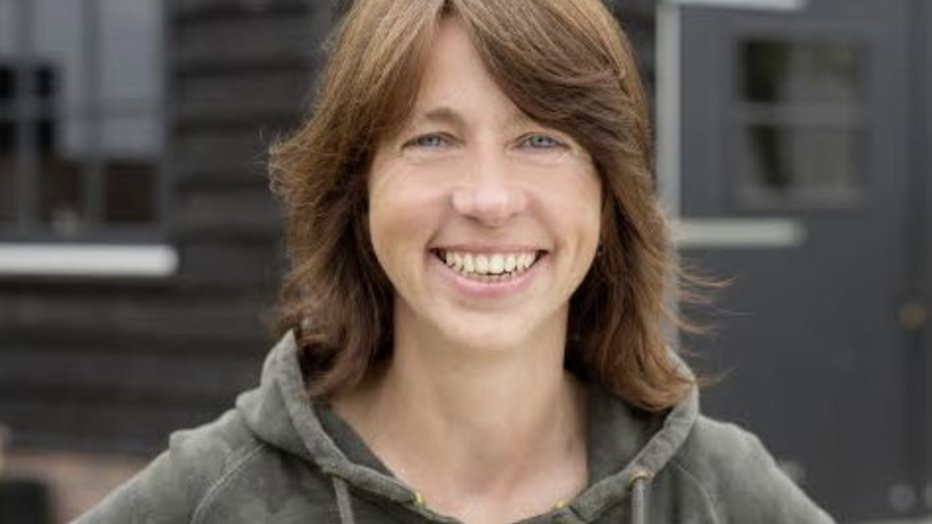Boerin Bertie blikt terug op Boer Zoekt Vrouw in De Wandeling