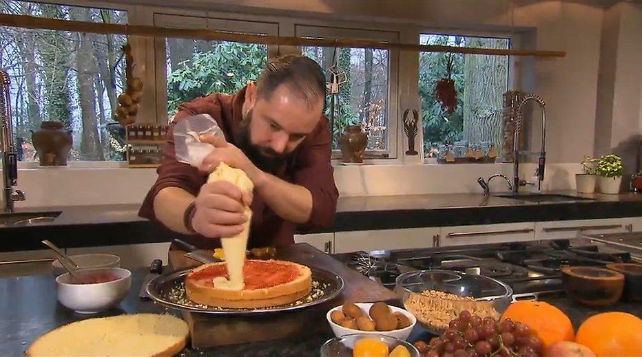 binnenstebuiten brengt kookboek uit - televizier.nl