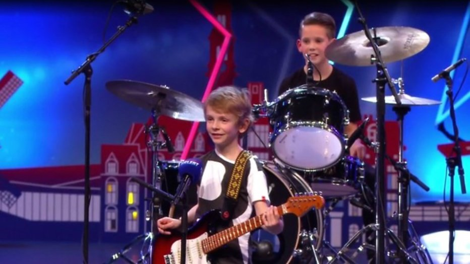 Videosnack: De Black Swords zoeken zanger bij Holland's Got Talent