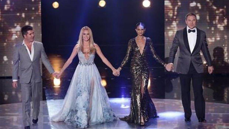 Britten ergeren zich aan laag uitgesneden jurken tv-presentatrices