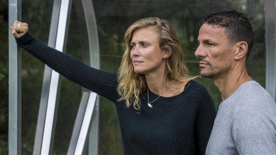 Kijktip: Sophie Hilbrand en Khalid Boulahrouz in Buitenspel