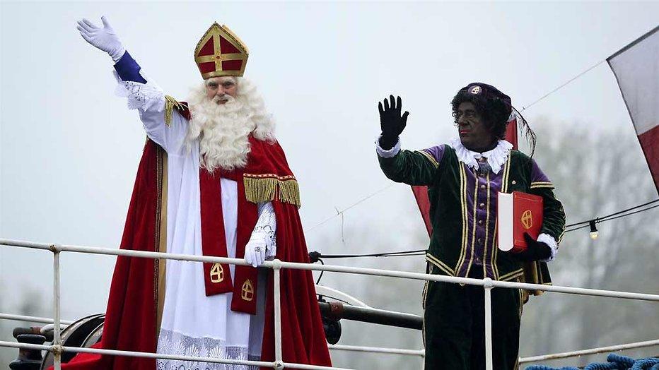 Sinterklaas is vieze man in Nieuwe Buren