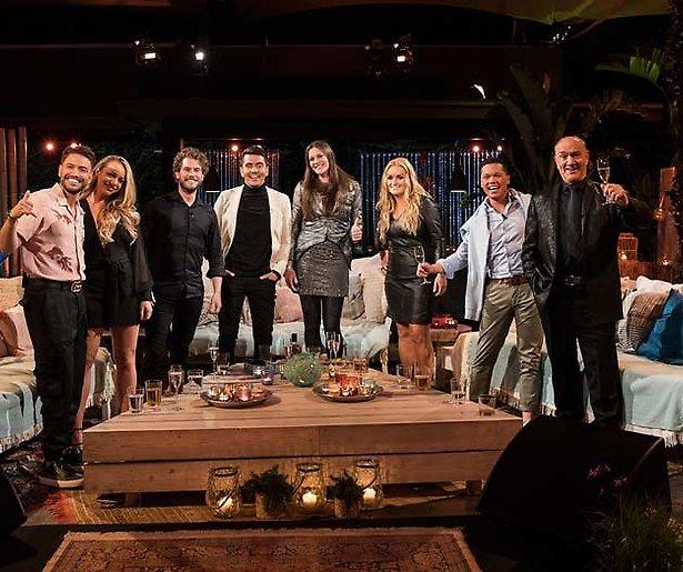 Floor Jansen: 'Leven staat op zijn kop'