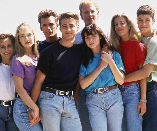 Het is zeker: De originele cast van Beverly Hills 90210 komt terug