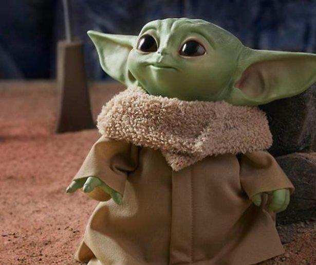 Baby Yoda speelgoed nu al uitverkocht