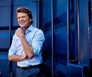 Geen extra coronashow op RTL 4 met Beau van Erven Dorens