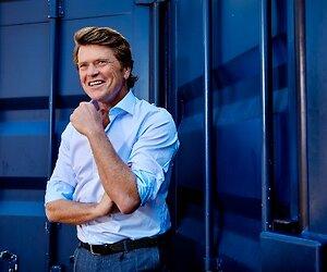 Beau van Erven Dorens geeft talkshow drie maanden de tijd