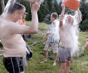 Videosnack: Eerste beelden 'midlife-show' Bert van Leeuwen