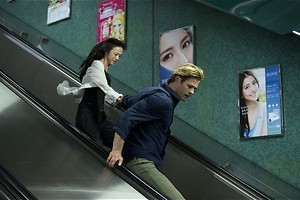 Hacker Chris Hemsworth moet de wereld redden