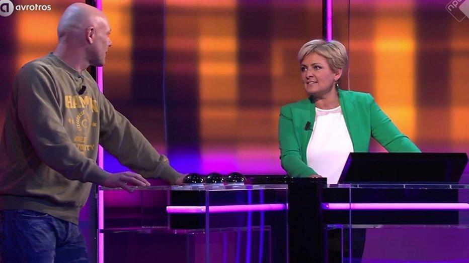 De TV van gisteren: Seizoensfinale Een Tegen 100 goed voor 1.78 miljoen kijkers
