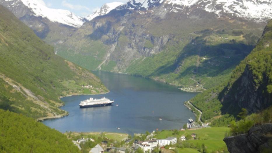 Stem en win een 8-daagse cruise naar de Noorse fjorden met Holland America Line!