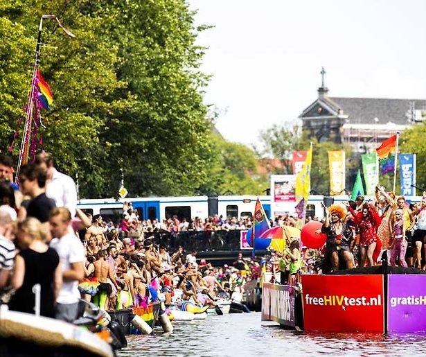 Botenparade tijdens Pride Amsterdam 2019 live te zien op NPO1