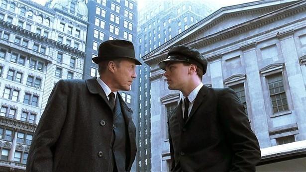 Tom Hanks zit achter Leonardo DiCaprio aan