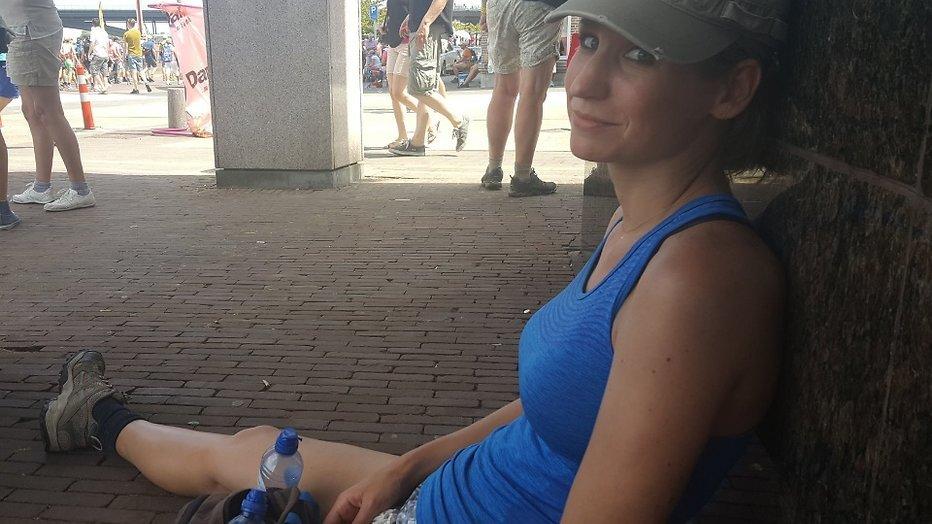 """Dionne Stax volbrengt loodzware Vierdaagse-dag: """"Als een kind zo blij"""""""