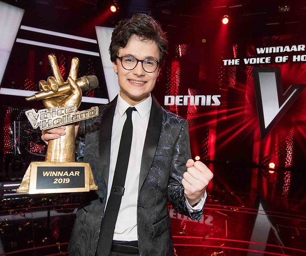 Dennis van The Voice doet theatertour