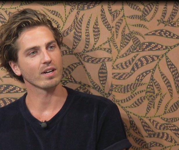 GTST-fans bieden soaphunk Dorian Bindels geld voor seks