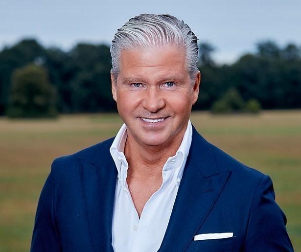RTL Z zendt coronadocu Dries Roelvink donderdag uit