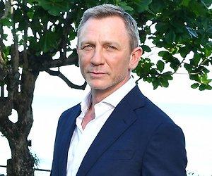 James Bond onder het mes vanwege enkelkwetsuur