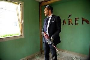 Jake Gyllenhaal sloopt zijn keuken