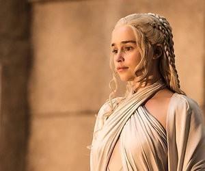 Producent Game of Thrones zegt sorry voor koffiebeker in beeld
